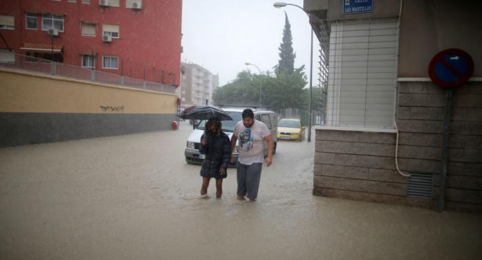 Vídeo/Fotos  : Aumenta el número de fallecidos por las lluvias torrenciales en España