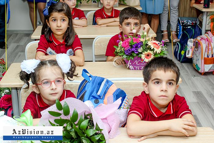 Das neue Schuljahr beginnt in Aserbaidschan