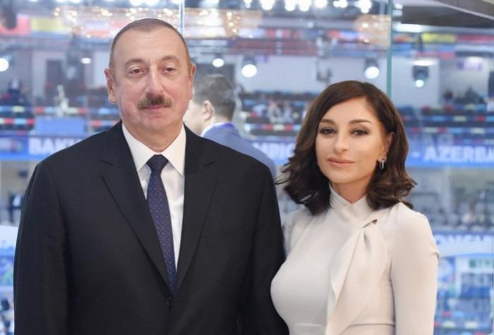 Presidente y su esposa participan en algunas ceremonias de apertura -  FOTOS