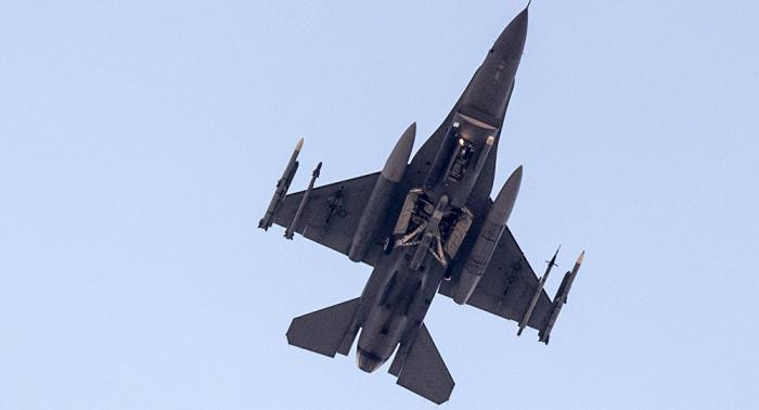 Ataque aéreo israelí golpea milicias progubernamentales en Siria