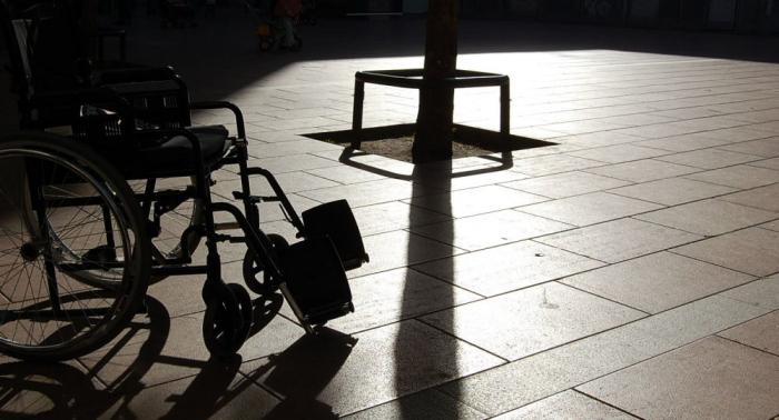 Chemnitz:   Rollstuhlfahrer aus Libyen attackiert