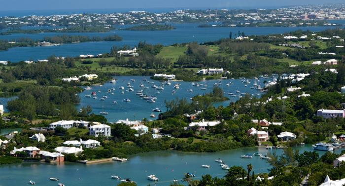 Bermudas en vigilancia ante eventual impacto del huracán Humberto