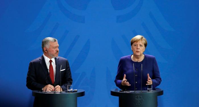 Bundeskanzlerin Merkel und Jordaniens König treten vor die Presse