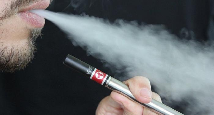 """Weitet sich """"Epidemie"""" aus? Erster Krankheitsanfall wegen E-Zigaretten in Kanada gemeldet"""