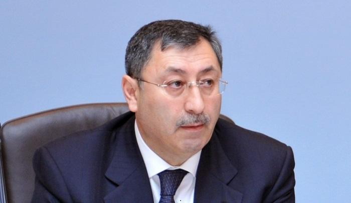 Khalaf Khalafov erhält Abzeichen des russischen Außenministeriums für seinen Beitrag zur internationalen Zusammenarbeit