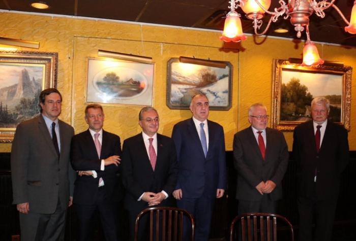 Les ministres des Affaires étrangères azerbaïdjanais et arménien se sont rencontrés à New York