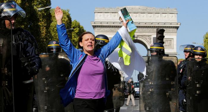 Paris: Gelbwesten protestieren zum 45. Mal in Folge