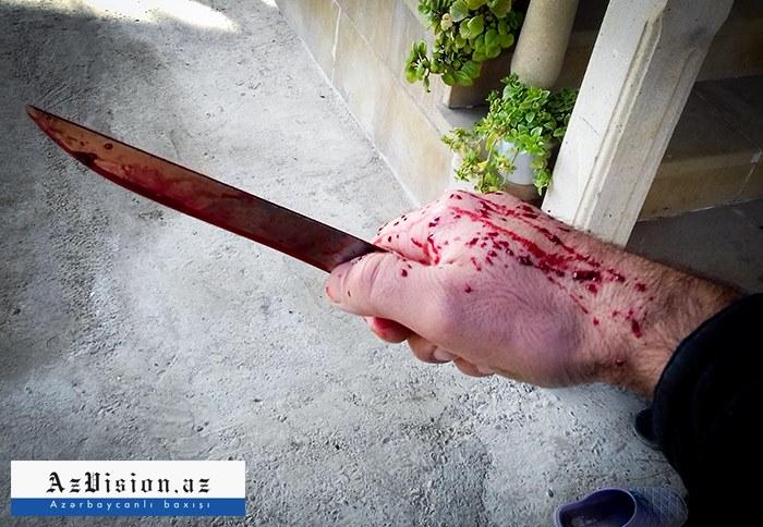 Paytaxtda 30 və 32 yaşlı iki qadın bıçaqlanıb