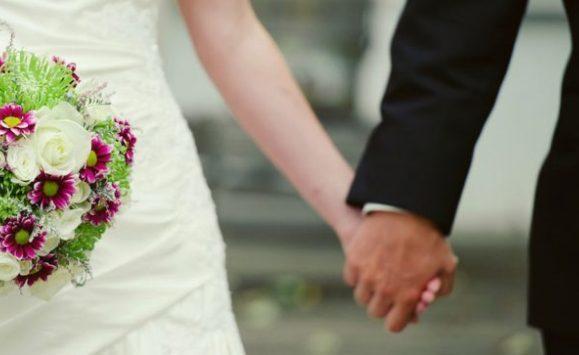 وفاة عروسين مصريين في ليلة زفافهما