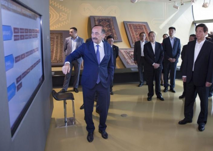 Chinese delegation visits National Carpets Museum of Azerbaijan