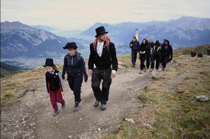 En Suisse, funérailles en montagne pour un glacier disparu
