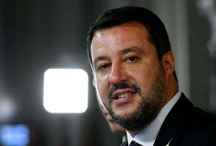 Italie: un journaliste invite Salvini à se suicider, ouverture d