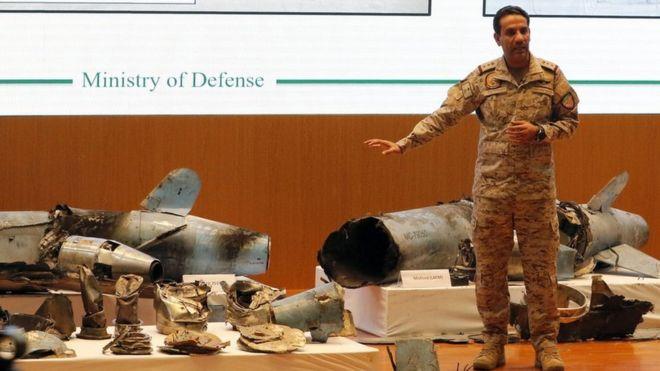 """التحالف بقيادة السعودية يعلن """"تدمير 4 مواقع لتفخيخ زوارق مسيرة"""" في الحديدة"""
