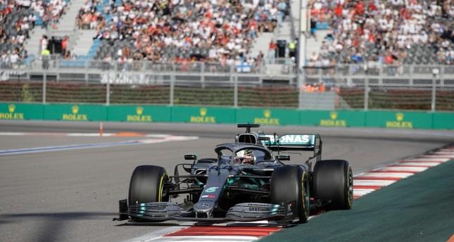 Hamilton wins Russian GP ending Ferrari