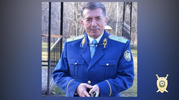 """Polis dələduz """"general""""ı tutdu - FOTOLAR"""