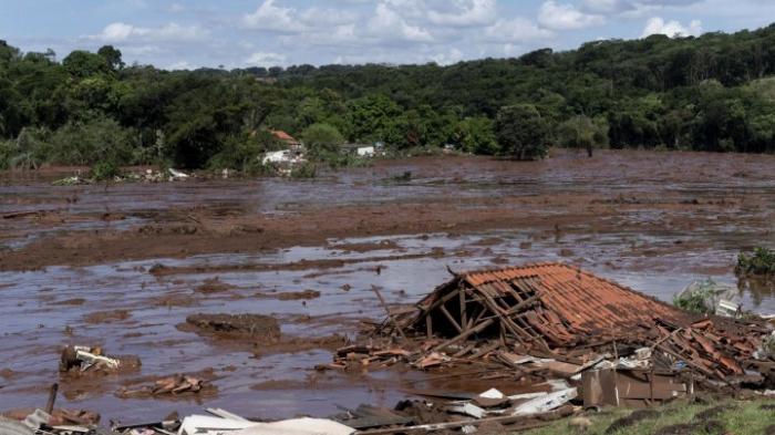 Millionen-Entschädigungen nach Dammbruch