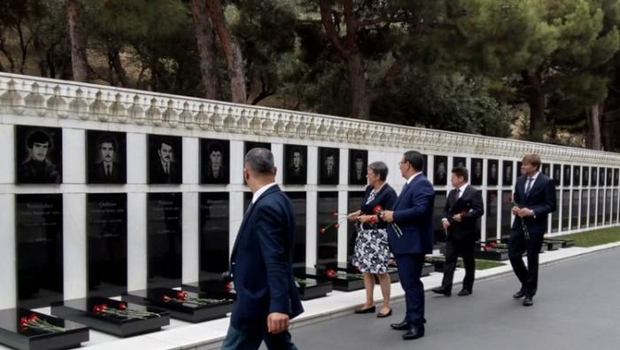 Presidenta de la PACE visita el Callejón de los Mártires