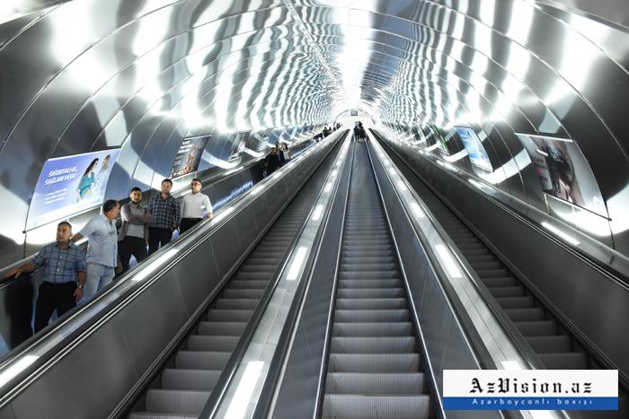 """""""Xətai"""" stansiyasında eskalatorda problem yaranıb"""