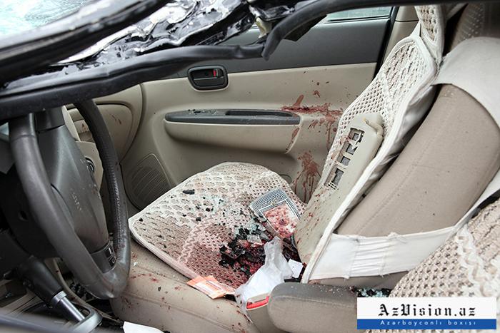 """Goranboyda """"BMW"""" aşıb, ölən və yaralı var"""