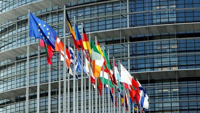 """Le Parlement européen réclame """"des raisons valables"""" pour un report du Brexit"""
