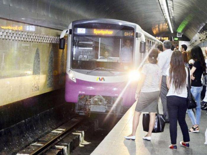 Bakı metrosunda həyəcanlı anlar yaşandı