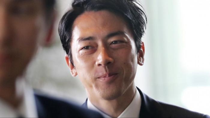 Abe bildet Regierung um