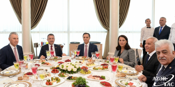 Azerbaijani Prime Minister hosts official dinner in honor of Turkish Vice President Fuat Oktay