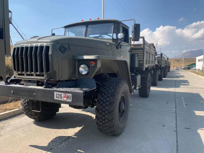 Rusiya Ermənistana hərbi texnika göndərdi