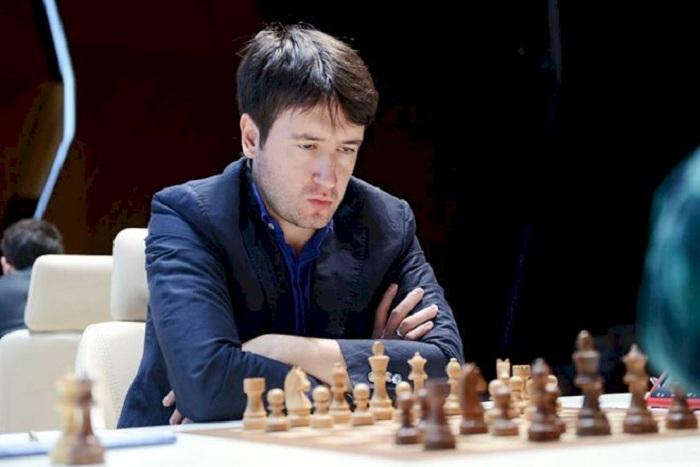 Teymur Rəcəbov yarımfinala yüksəlib