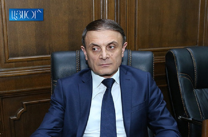 Ermənistan polisinin rəisi istefa verdi