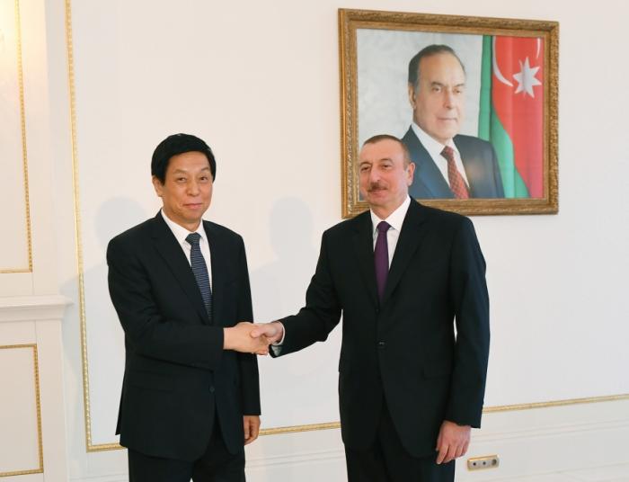Aliyev recibe al máximo legislador chino