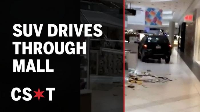 USA: un homme fonce dans un centre commercial au volant d