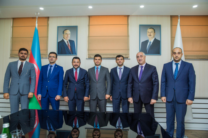 OIC Youth Forum and Azerbaijan's SME Development Agency discuss potential projects