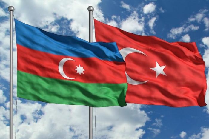 أذربيجان وتركيا توقعان بروتوكولًا اقتصاديًا