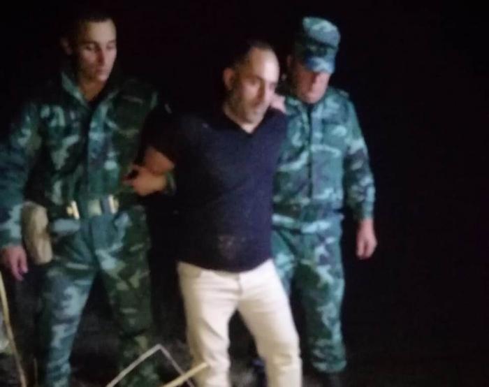 Narkotik qaçaqmalçıları baş leytenantı bıçaqladı - FOTOLAR