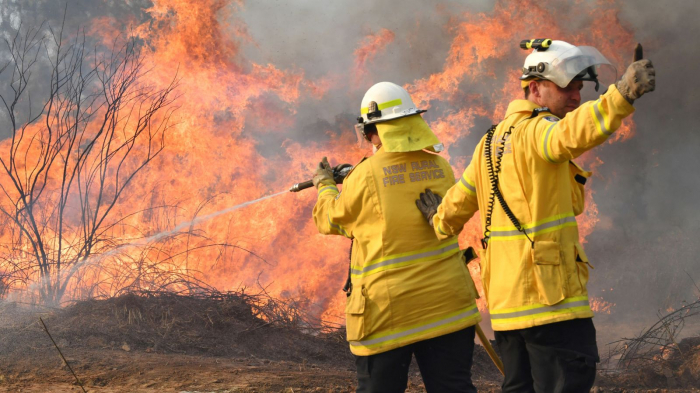 More than 100 bushfires ravage eastern Australia
