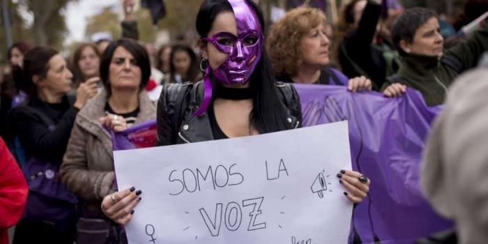 Espagne: manifestations de protestation contre les violences faites aux femmes