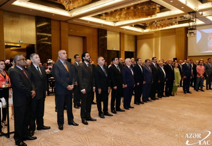 Bakú acoge una recepción en honor del centenario de la independencia afgana