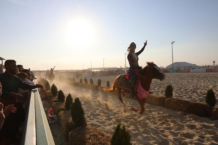 Azərbaycan kəlağayısı və Qarabağ atları İstanbulda - FOTOLAR