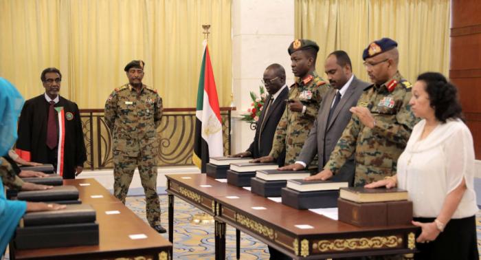 مفاوضات مباشرة بين الحكومة والحركات المسلحة في السودان