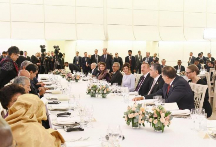 President Ilham Aliyev hosted official reception in honour of   heads of state and gov