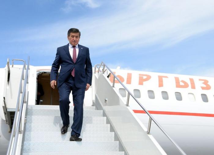 Qırğızıstan Prezidenti Bakıya yola düşdü