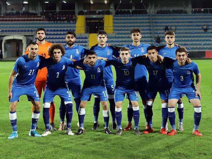 Azərbaycan millisi Fransaya qarşı