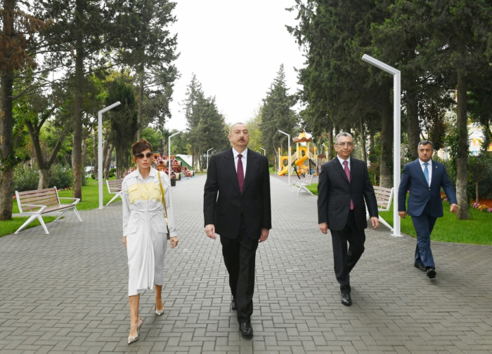 Azerbaijani president, first lady view conditions created at reconstructed park in Baku