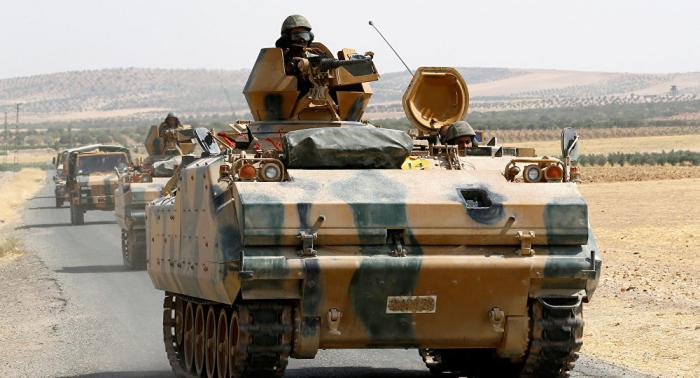 Turquía envió tropas adicionales a la frontera con Siria