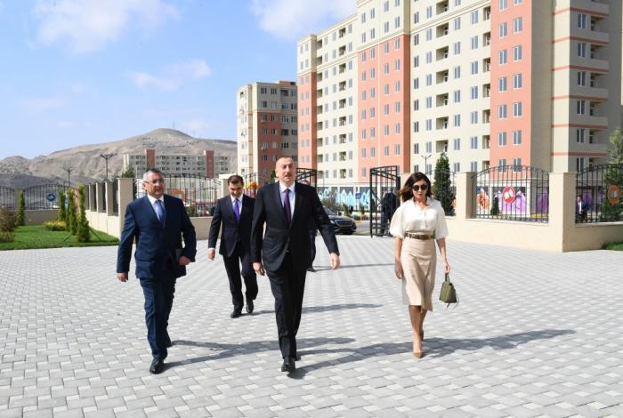 """Prezident və xanımı """"Qobu Park-2"""" kompleksinin açılışında - FOTOLAR"""