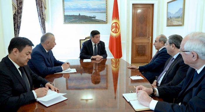 Kirgisistan misst dem Ausbau der Zusammenarbeit mit Aserbaidschan in allen Bereichen große Bedeutung bei