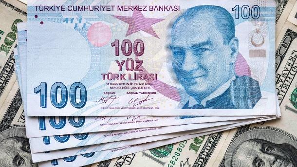 Düstere Aussichten belasten die türkische Lira