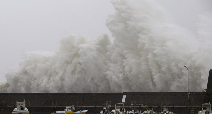El supertifón Hagibis avanza hacia Japón con vientos de hasta 315 km/h (vídeo, foto)