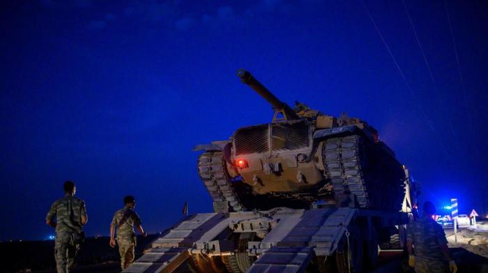 Los kurdos de Siria miran a Damasco y Rusia para llenar el vacío de Estados Unidos